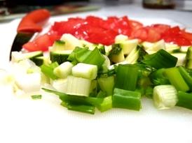 rosii, ceapa verde, zucchini