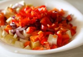 ceapa rosie, ardei, morcov, telina, pastarnac, cartof