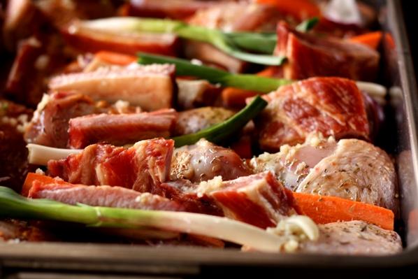 carne si legume la tava