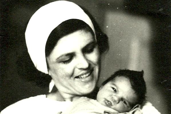 mama si puiul la o zi - iulie '79
