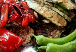 gratar de carne si legume