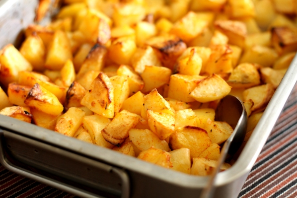 cartofi la tava