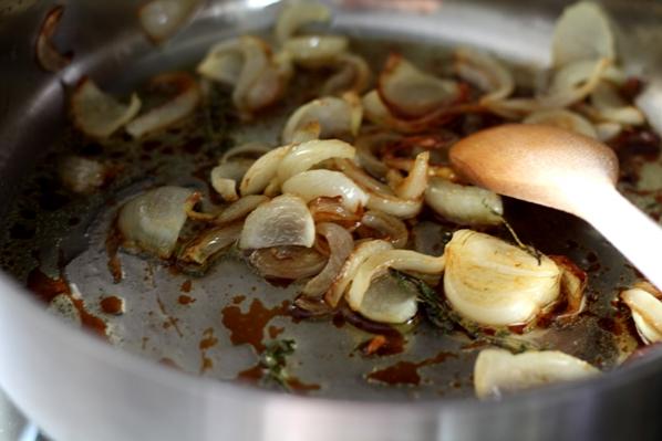 ceapa calita cu sos de soia